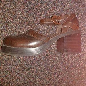 Vintage Skechers chunky heel